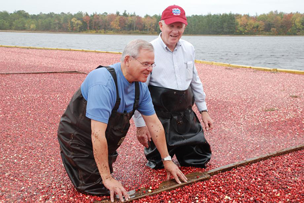 Senator Menendez with Stephen Lee II, the proprietor Lee Family Farm, an Ocean Spray-affiliated cranberry farm in Chatsworth, New Jersey.