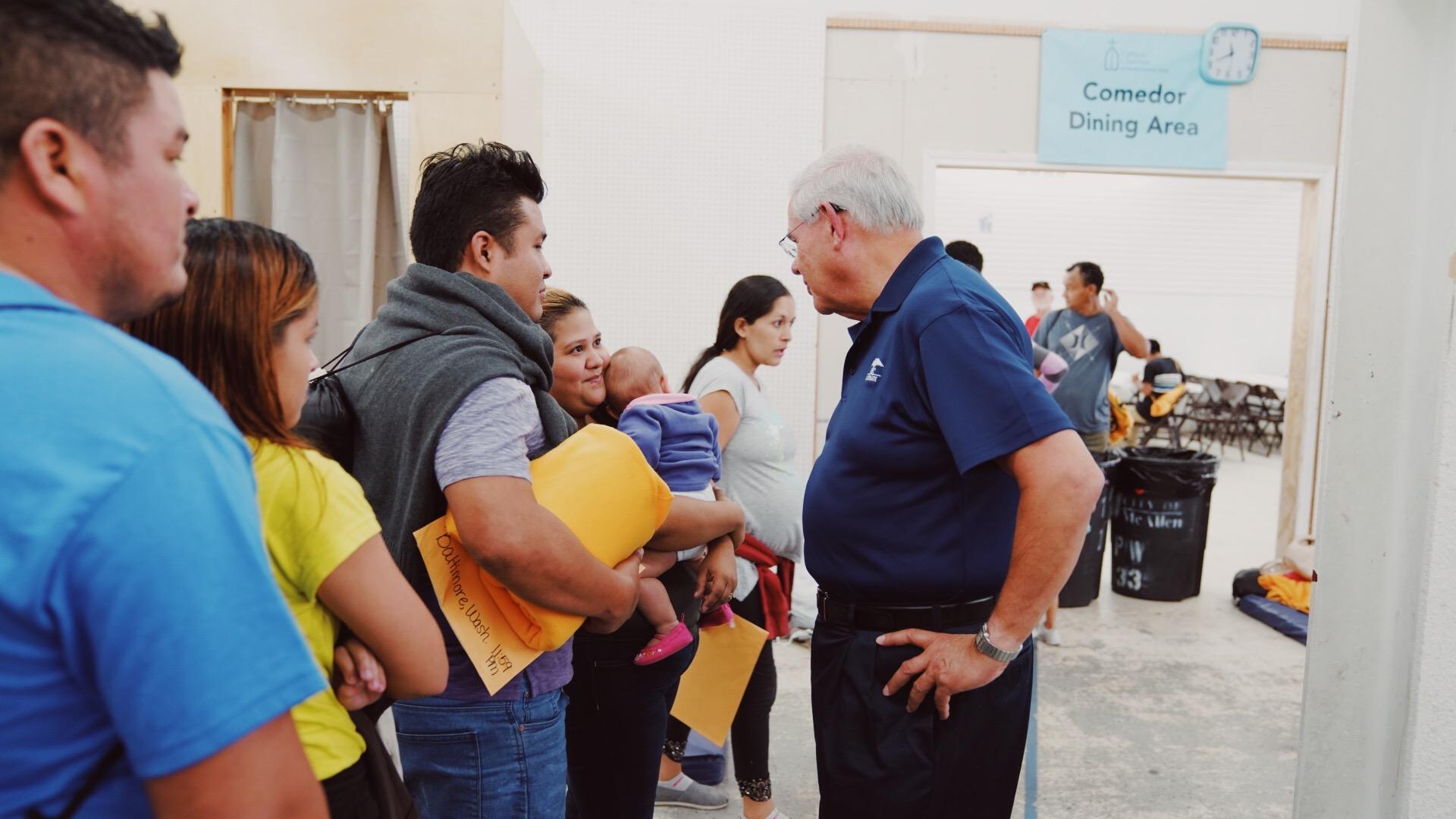 """Menéndez luego de visitar frontera sur: """"esto será una mancha en nuestra historia"""""""