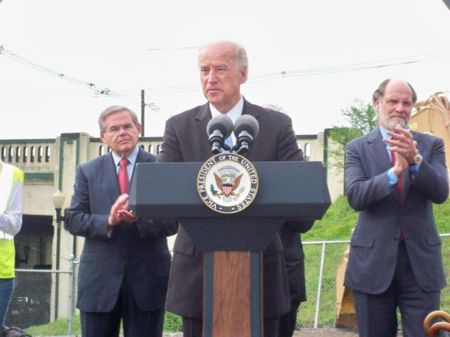 Highlighting jobs created from economic recovery package with V.P. Biden