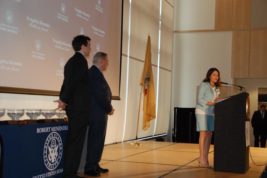 Award recipient Danielle Gletow speaks.