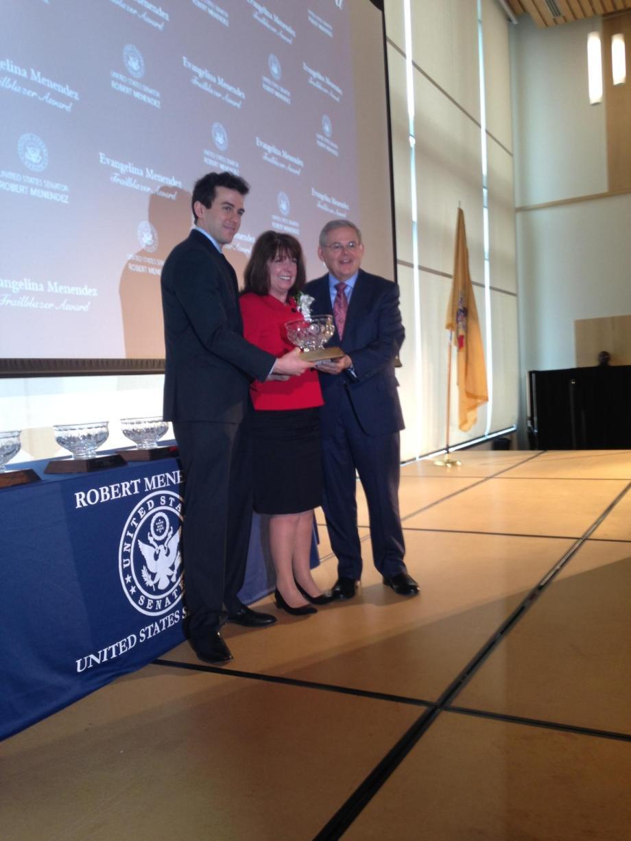 Laurel Brennan receives her award.