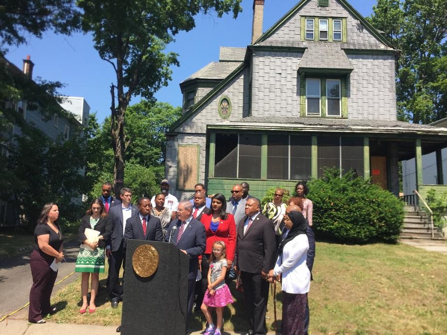 Announcing Legislation to Address NJ's Foreclosure Crisis