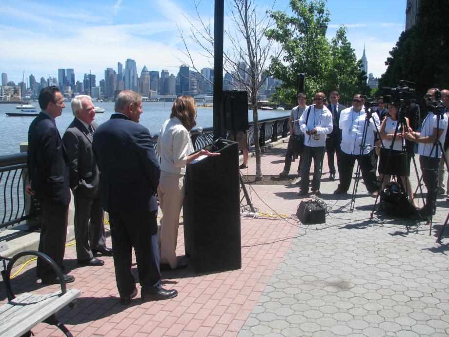 Hoboken Mayor Dawn Zimmer speaks