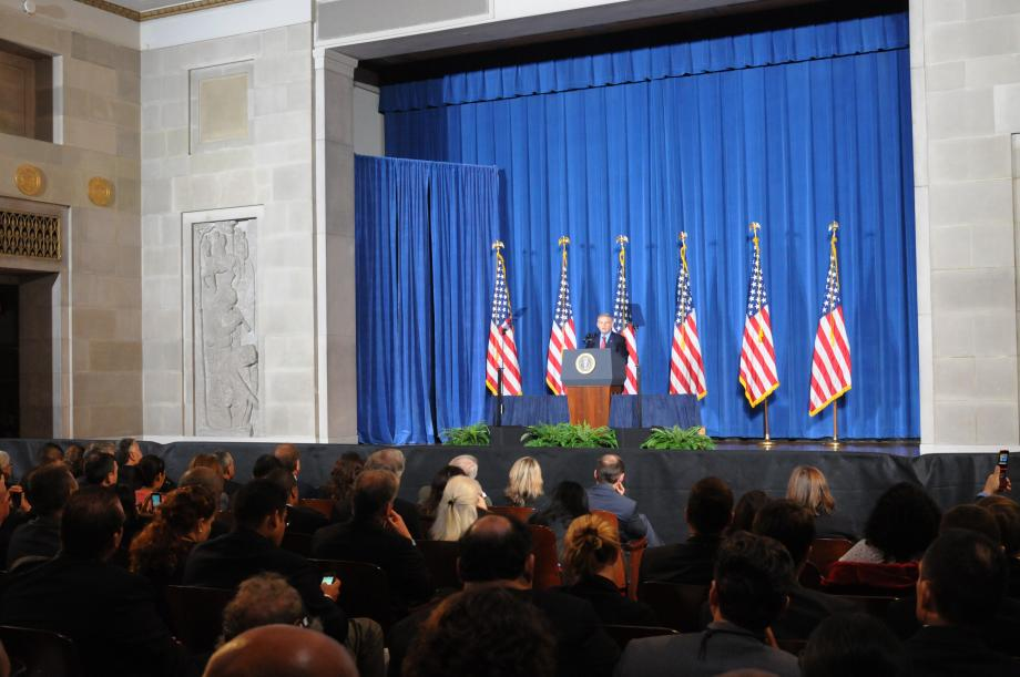 Menendez Joins White House Forum on American Latino Heritage (Washington, DC)