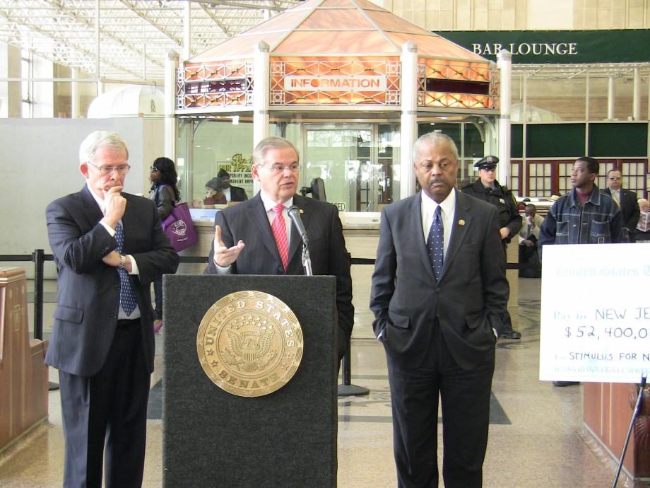 Announcing $52 million in Recovery Act transportation funding that will help generate thousands of jobs (Newark, NJ)