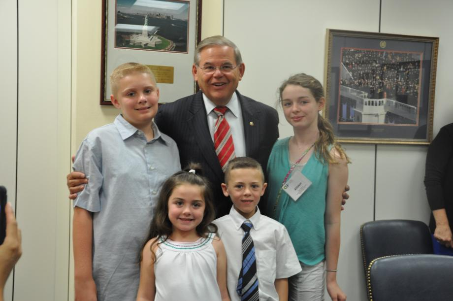 Sen. Menendez with children who are either using or impacted by Children's Specialized Hospital or Children's Hospital of Philadelphia.