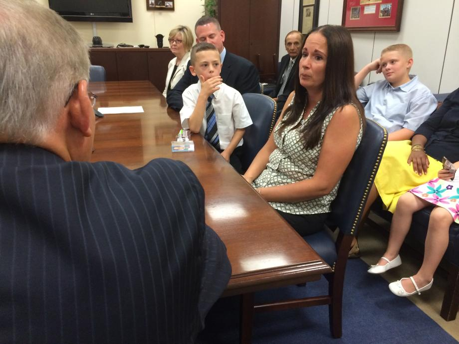 Sandy Ennis tells Sen. Menendez about her son, Christopher, who was diagnosed with abnormal aortic and mitral valves, a rare form of congenital heart disease.