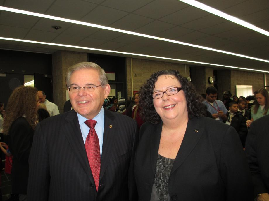Menendez Applauds Dentists' Pro-Bono Work For Underserved Patients (Newark, NJ)