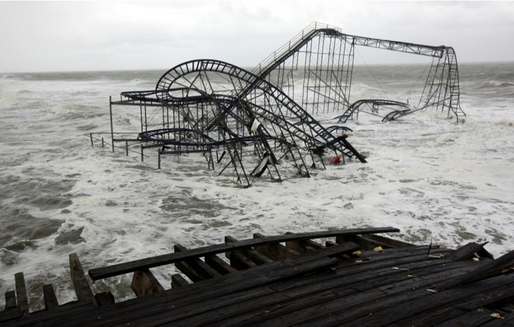 PHOTO #12. Roller coaster in water. Casion Pier, Seaside Heights. Photo: Star Ledger