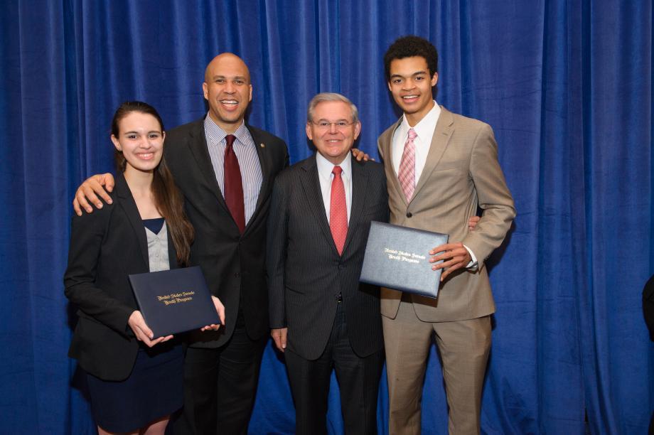 Delegados Juveniles del Senado 2015 provenientes de NJ
