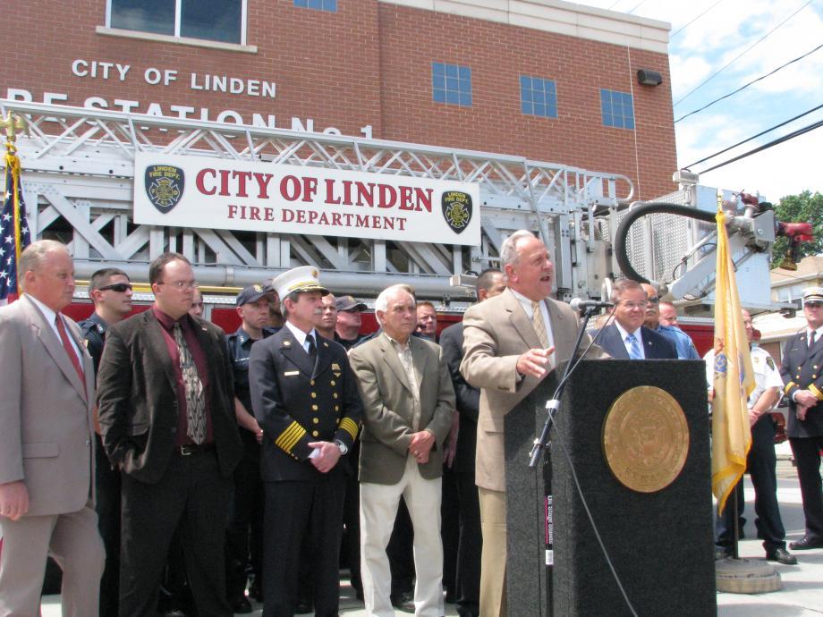 Linden, NJ Mayor Richard Gerbounka