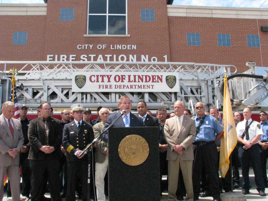 Senator Menendez visits Linden Fire Department to announce $2.4 million federal grant to save firefighter jobs.