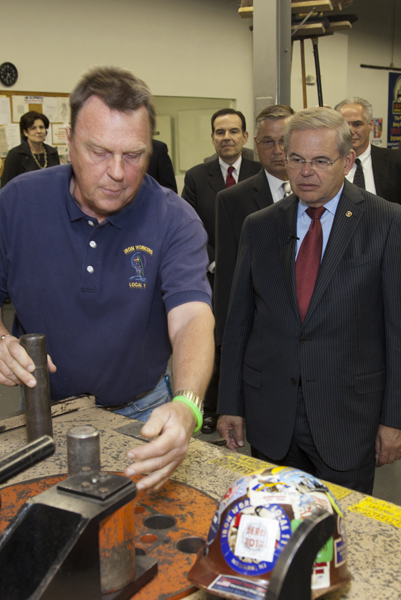 Menendez Visits Northern New Jersey Ironworkers Training Center