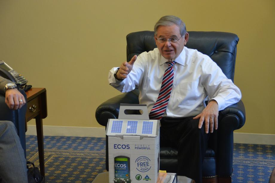 Menendez Meets with Leaders of ECOS