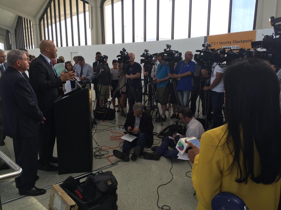 TSA Security Lines Presser
