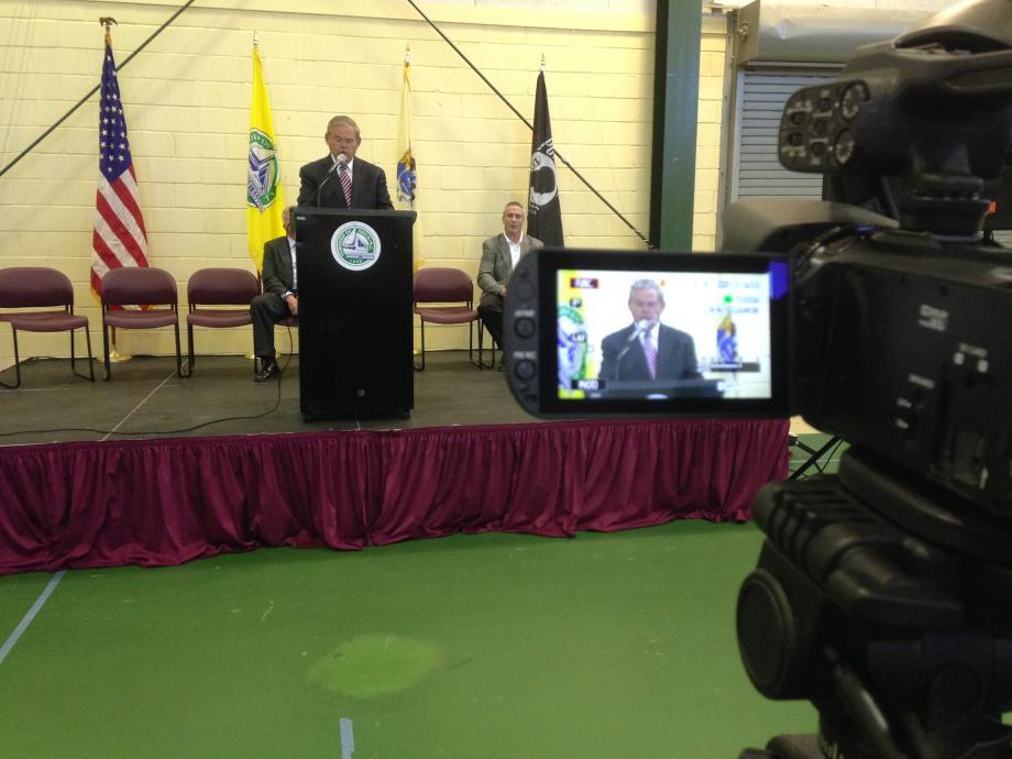 Senator Bob Menendez speaks to crowd about the FEMA Community Rating System.